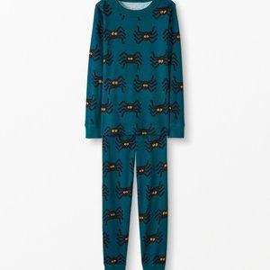 NWT Hanna Andersson Spiders Pajamas Halloween 110